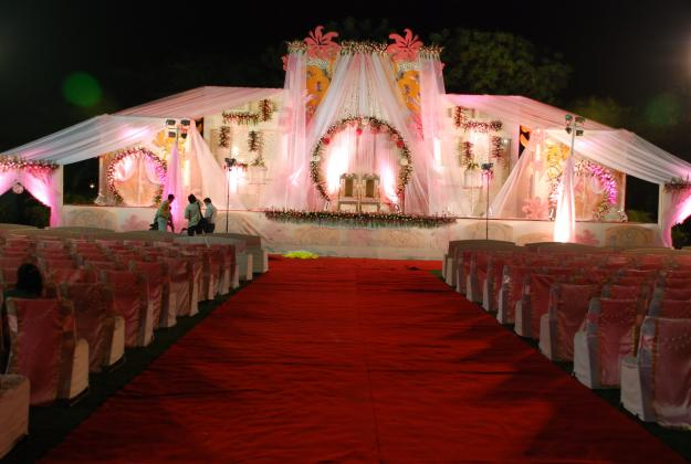 Choosing The Venue Decor For Your Wedding Reception
